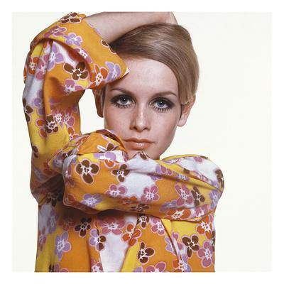 Vogue - March 1967 - Flower Power Twiggy - Photographic Print