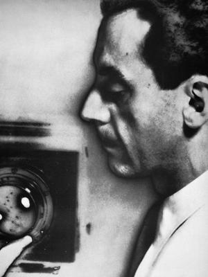 Man Ray (1890-1976) - Photographic Print