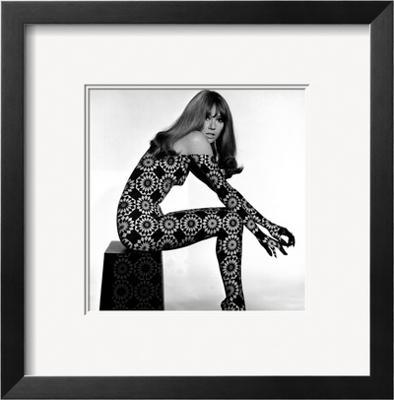 Circle Patterned Projection on Profile of Model, 1960s - Framed Art Print