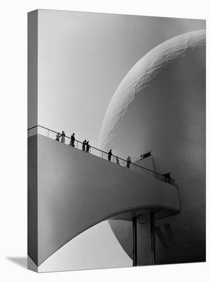 1939 World's Fair Visitors Entering the Perisphere-Alfred Eisenstaedt-Stretched Canvas Print