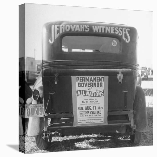 Back of Car Advertising for Jehovah's Witnesses' Activities at Wrigley Field-Loomis Dean-Stretched Canvas Print