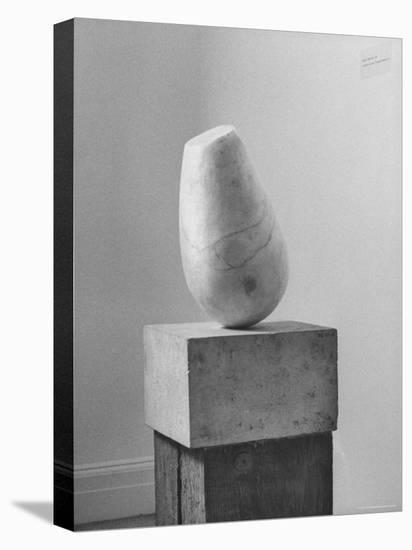 Brancusi Sculpture on Exhibit at the Guggenheim Museum-Nina Leen-Stretched Canvas Print