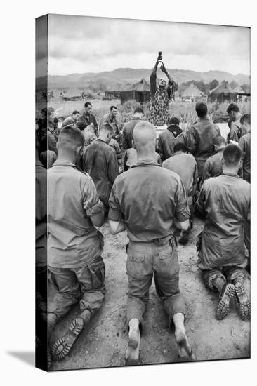 Capt. Bill Carpenter and Members of the 101st Airborne at Outdoor Catholic Mass, Vietnam, 1966-Larry Burrows-Stretched Canvas Print