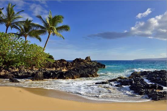 Makena Beach State Park With View Towards Molokini Island Island Of Maui Hawaii Usa Stretched Canvas Print By Art Com