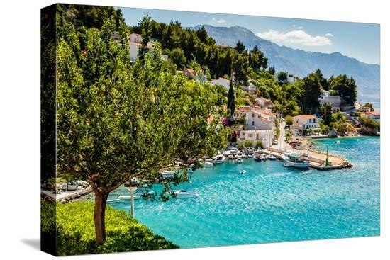anshar-beautiful-adriatic-bay-and-the-village-near-split-croatia