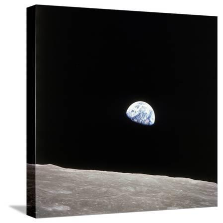 apollo-8-view-of-earth-rise-over-the-moon