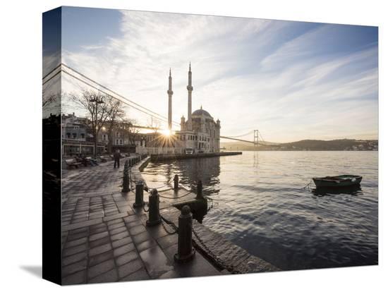 ben-pipe-exterior-of-ortakoy-mosque-and-bosphorus-bridge-at-dawn-ortakoy-istanbul-turkey