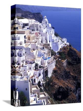 bill-bachmann-white-buildings-in-oia-santorini-athens-greece