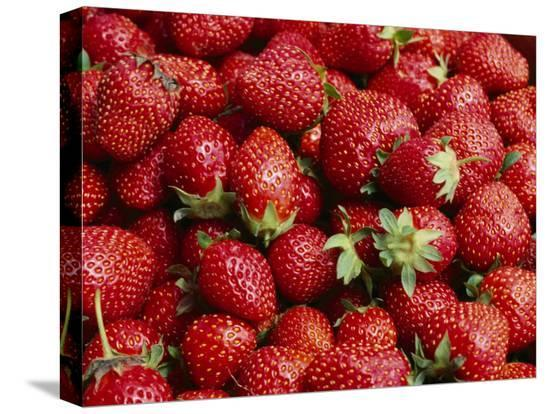 brian-gordon-green-close-view-of-freshly-picked-strawberries