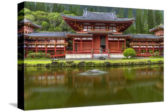 charles-crust-byodo-in-buddhist-temple-kaneohe-oahu-hawaii-usa