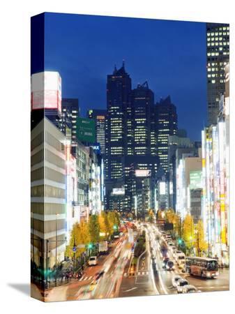 christian-kober-park-hyatt-hotel-and-night-lights-in-shinjuku-tokyo-japan-asia