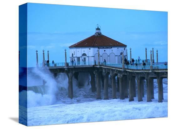christina-lease-waves-breaking-into-the-pier-at-manhattan-beach