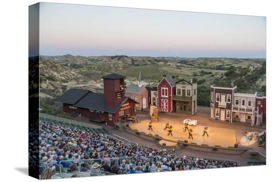 chuck-haney-the-medora-musical-theatre-in-medora-north-dakota-usa