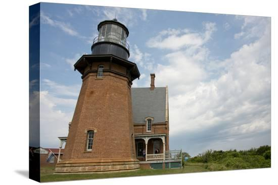 cindy-miller-hopkins-usa-rhode-island-block-island-mohegan-bluffs-southeast-lighthouse