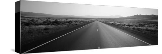 desert-road-nevada-usa