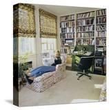 Vogue - June 1976 - Sally Quinn at Home