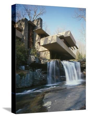 frank-lloyd-wright-fallingwater-state-route-381-pennsylvania