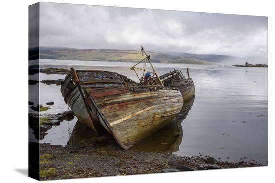gary-cook-wrecks-of-fishing-boats-near-salen-isle-of-mull