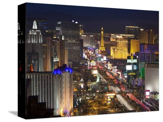 gavin-hellier-elevated-view-of-the-hotels-and-casinos-along-the-strip-at-dusk-las-vegas-nevada-usa