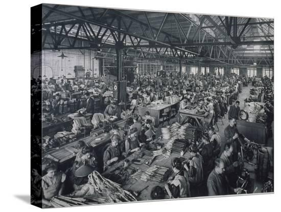 german-photographer-general-electricity-company-berlin-1908