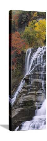 ithaca-falls-tompkins-county-ithaca-new-york-usa