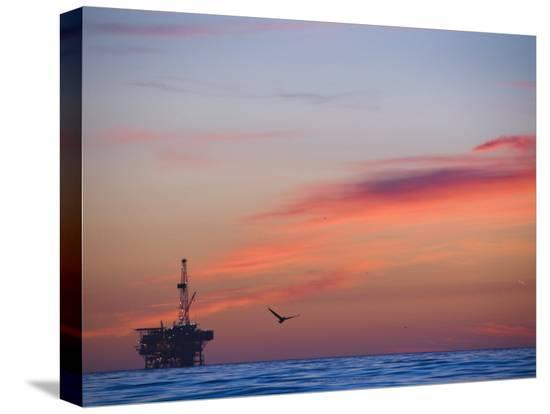 james-forte-offshore-oil-and-gas-rig-in-the-pacific-ocean-at-sunset