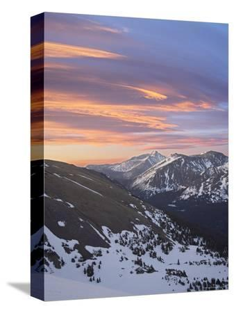 james-hager-orange-clouds-at-dawn-above-longs-peak-rocky-mountain-national-park-colorado