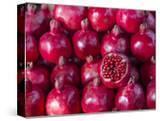 Azerbaijan  Baku  Ticaret Market  Pomegranate