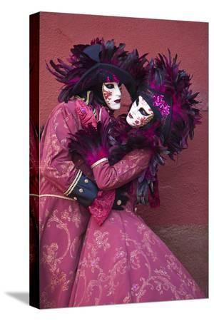 jaynes-gallery-elaborate-costumes-for-carnival-festival-venice-italy