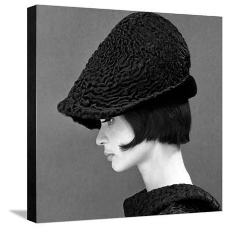 john-french-marie-lise-gres-in-a-persian-lamb-hat-summer-1964