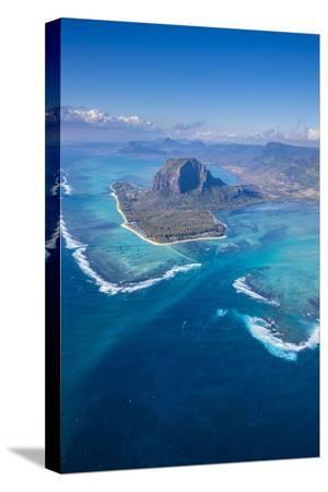 jon-arnold-le-morne-brabant-peninsula-black-river-riviere-noire-west-coast-mauritius