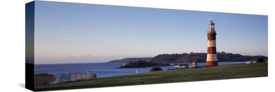 lighthouse-on-the-coast-smeaton-s-lighthouse-plymouth-hoe-plymouth-devon-england