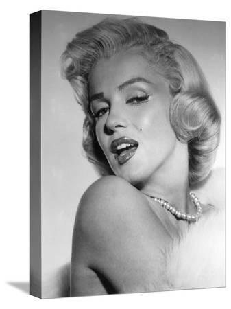 marilyn-monroe-mid-1950s
