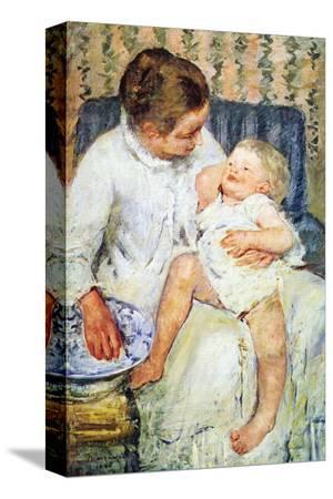 mary-cassatt-mother-washing-the-tired-child