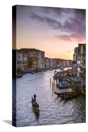 matteo-colombo-italy-veneto-venice-grand-canal-at-sunset-from-rialto-bridge
