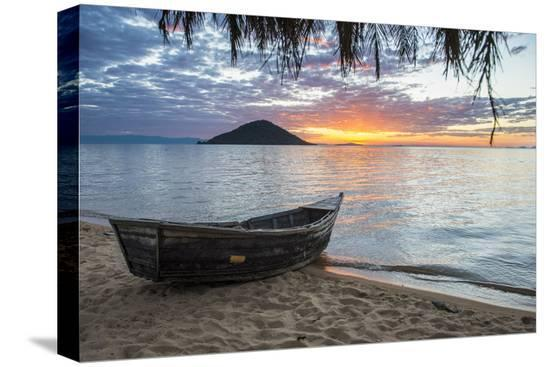 michael-runkel-fishing-boat-at-sunset-at-cape-malcear-lake-malawi-malawi-africa