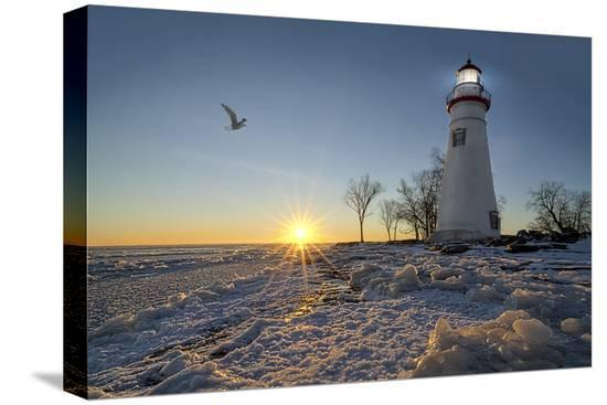 michael-shake-marblehead-lighthouse-sunrise
