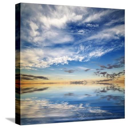 oleh-honcharenko-beautiful-seascape-deep-blue-sky-at-sunny-day-sky-background