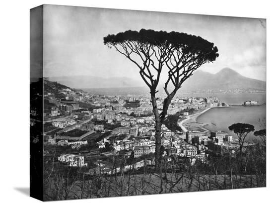 panoramic-aerial-view-of-naples