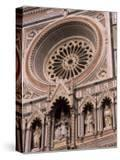 Rose Window and Facade of Polychrome Marble  Duomo Santa Maria Del Fiore  Florence  Tuscany  Italy