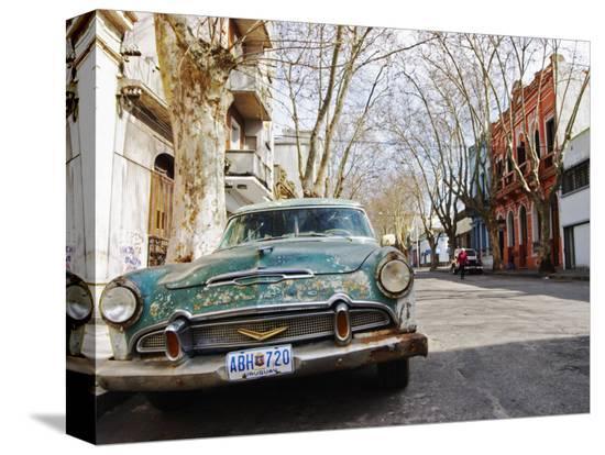 per-karlsson-desoto-station-wagon-car-montevideo-uruguay