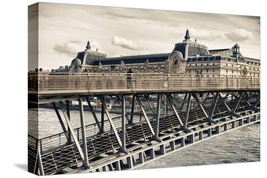 philippe-hugonnard-musee-d-orsay-solferino-bridge-view-paris-france