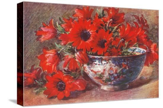 red-flowers-in-bowl