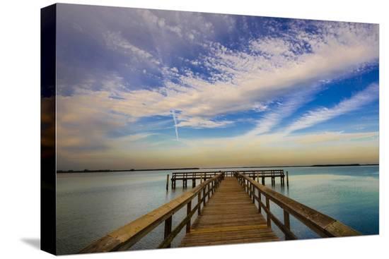 richard-duval-sunrise-on-the-pier-at-terre-ceia-bay-florida-usa
