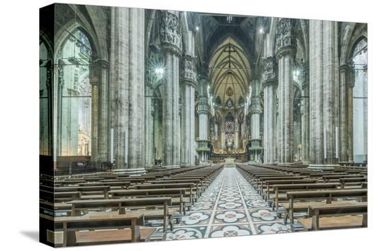 rob-tilley-italy-milan-cathedral-duomo-di-milano-interior