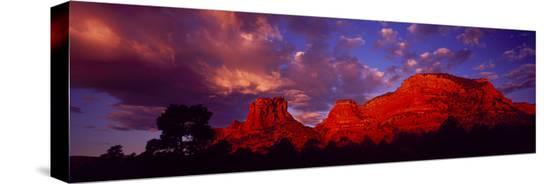 rocks-at-sunset-sedona-az-usa