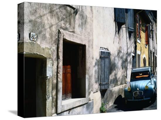 rodney-hyett-citroen-dcv-car-parked-in-street-france
