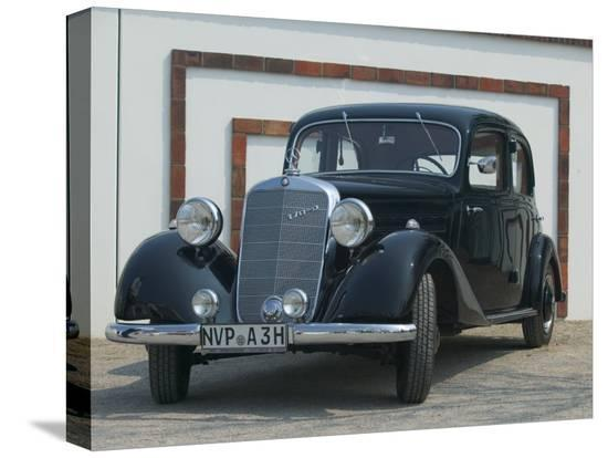 russell-young-antique-mercedes-germany