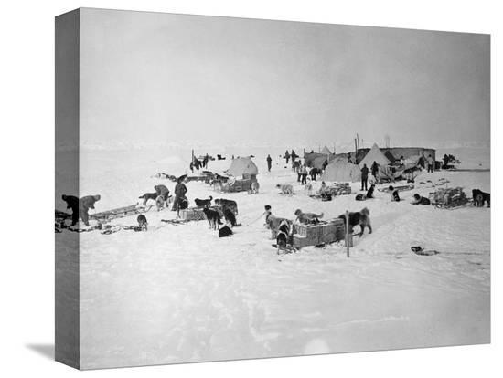 shackleton-s-base-camp-on-the-ross-ice-shelf