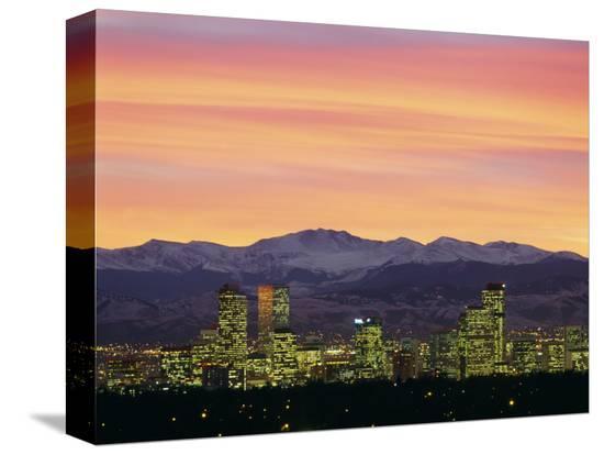 skyline-and-mountains-at-dusk-denver-colorado-usa